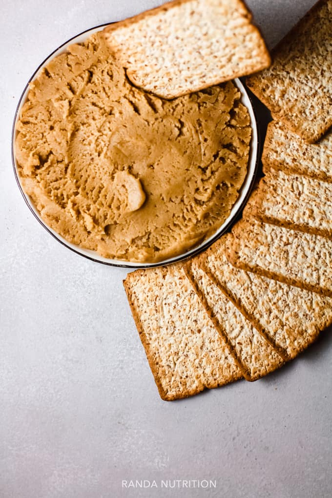 dessert hummus recipe with crackers