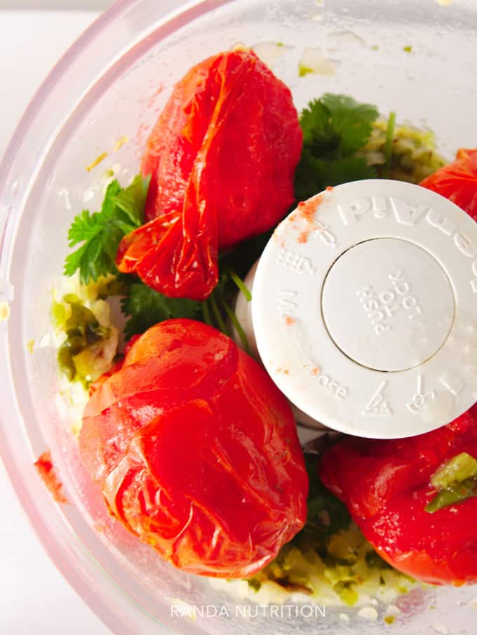 using a food processor to pulse homemade salsa using air fried vegetables