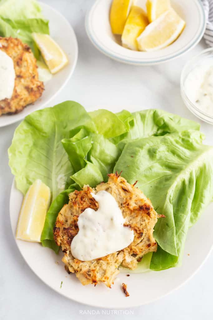 paleo baked crab patties with lemon