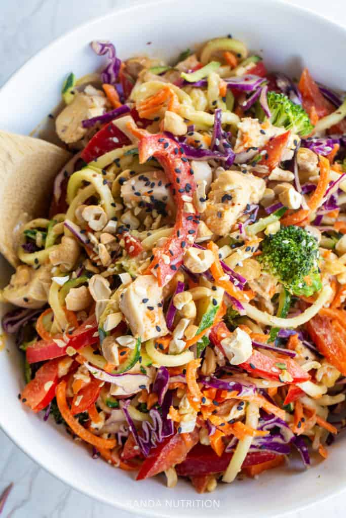 spiralized salad with peanut sauce