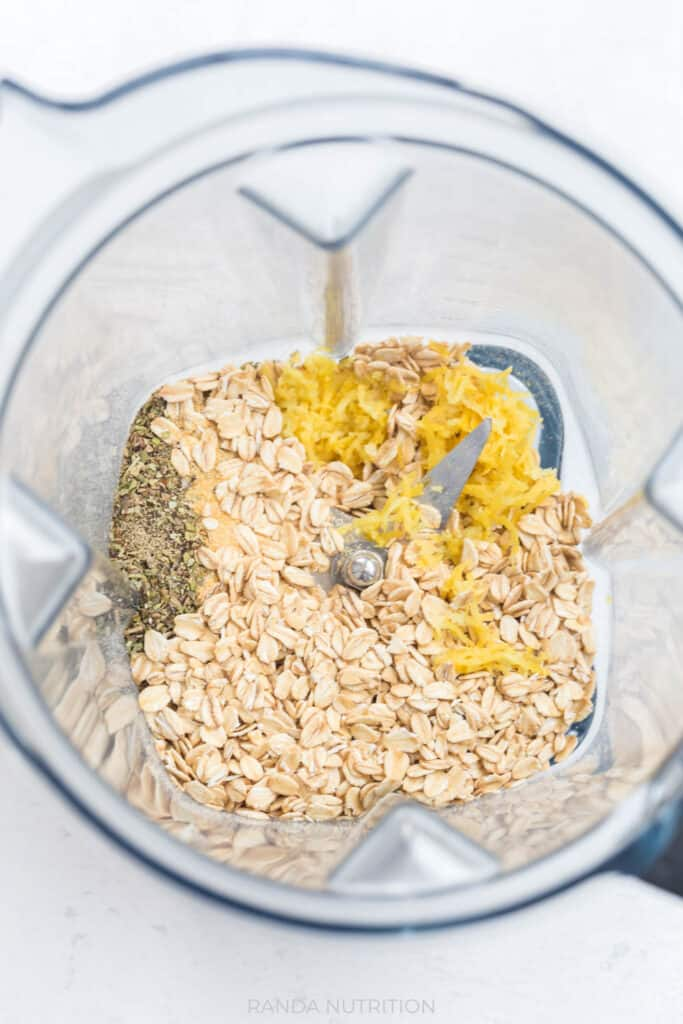 Savoury oat flour with a Vitamix