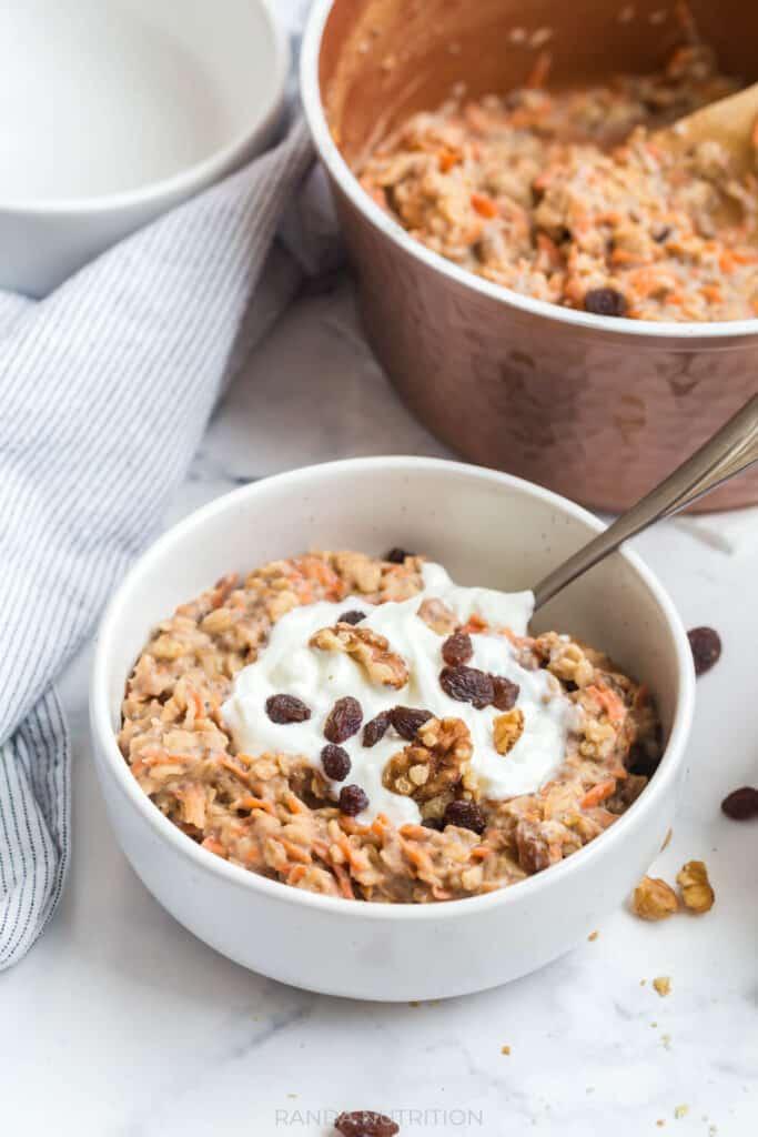 oatmeal with shredded carrots and greek yogurt
